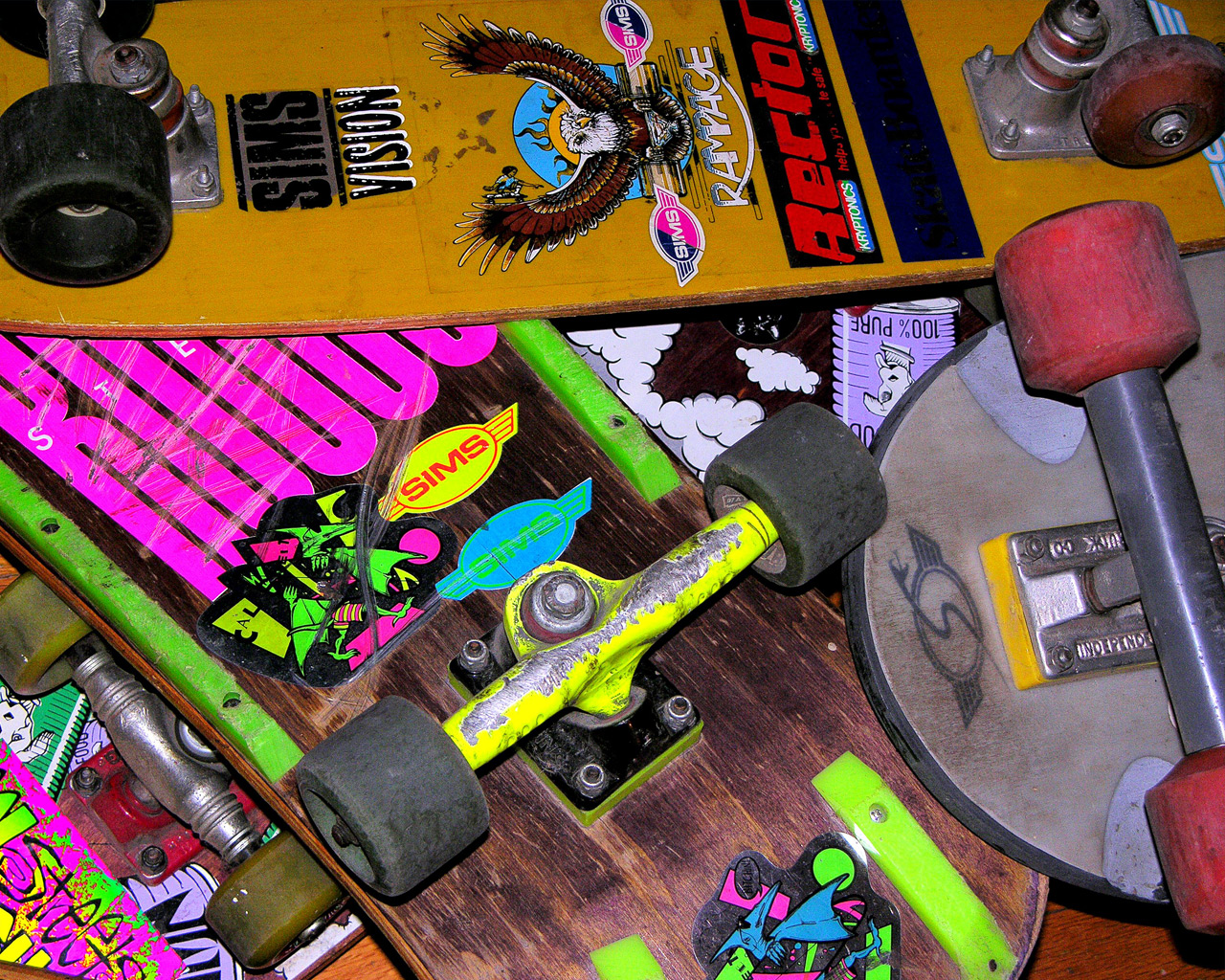 Shop Over 30 years of Skate History - 55 Vintage Skateboard Wallpapers