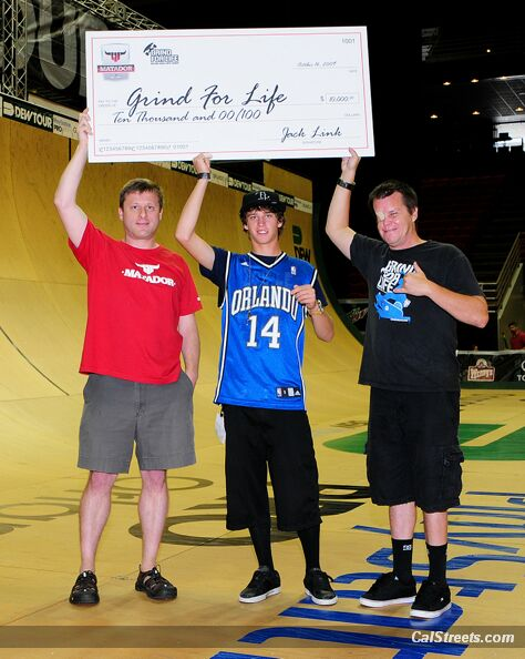 wallpapers trucks_21. Grind for Life gets a big check from Matador and Adam Taylor Photo: Tim