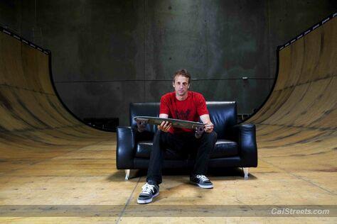 skateprinters-hawk-on-sofa-ramp